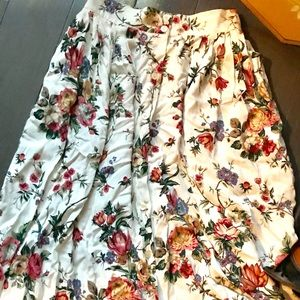 Vintage Capacity White Floral Maxi Skirt